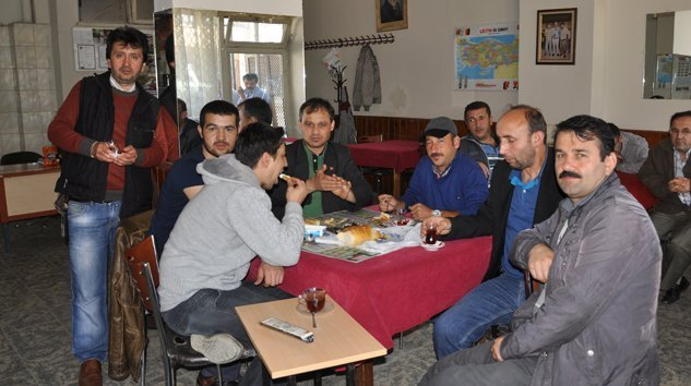 BRO'S CAFE RESTAURANT ATATÜRK CADDESİNDE HİZMETİNİZDE