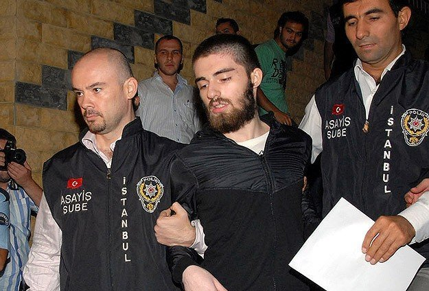 Cem Garipoğlu cezaevinde intihar etti