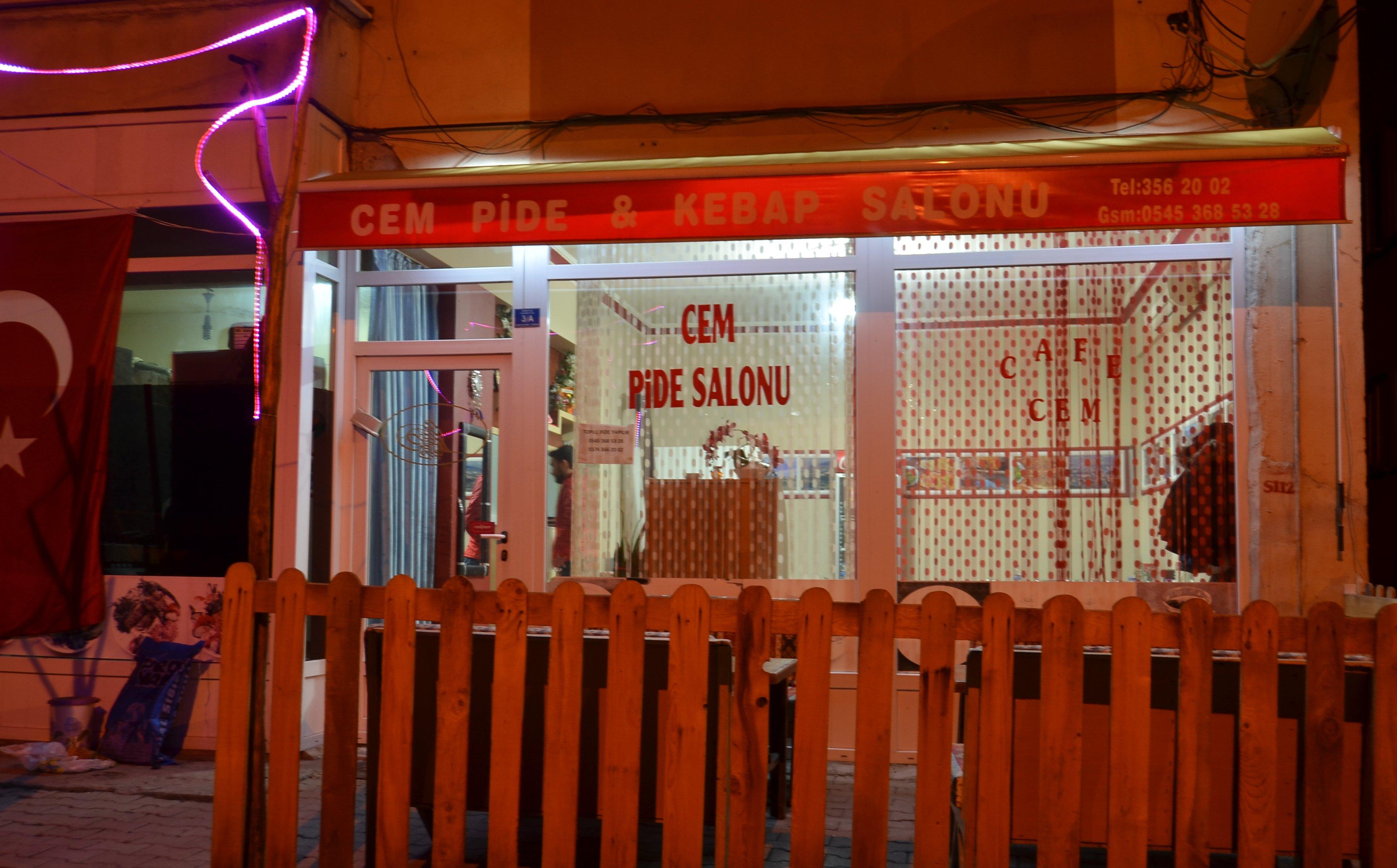 Cem pide Restoran hizmetinizde siparişlerinizi bekliyor