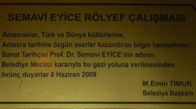 Prof.Dr.Semavi Eyicenin adı Amasra'da ölümsüzleşti