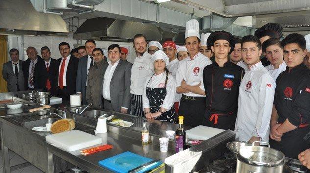 Aşçılık Eğitiminde Yeni Ufuklar Projesi Tüm Hızıyla Devam Ediyor