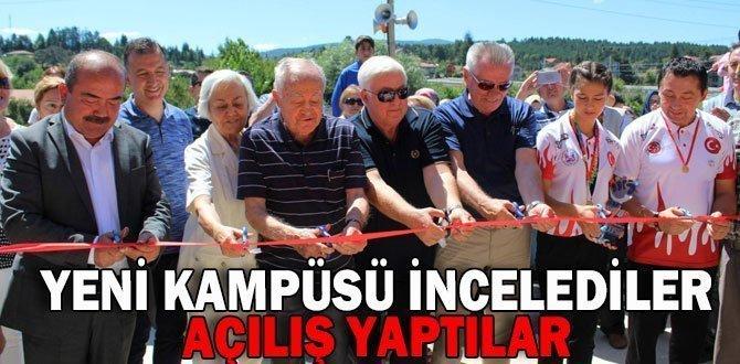 Açılışa Ahmet Baysal ve Vakıf Üyeleri de katıldı