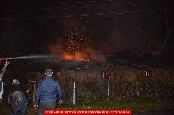 Türkbeyli Mahallesinde Samanlık Yangını