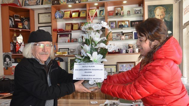 Turhan Bulut Çalışan Gazeteciler Günümüzü Kutladı
